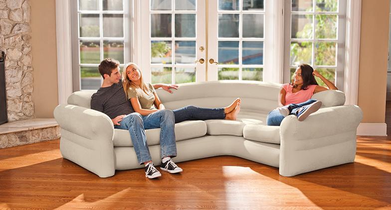 Un sofa pour se détendre après une journée de cours