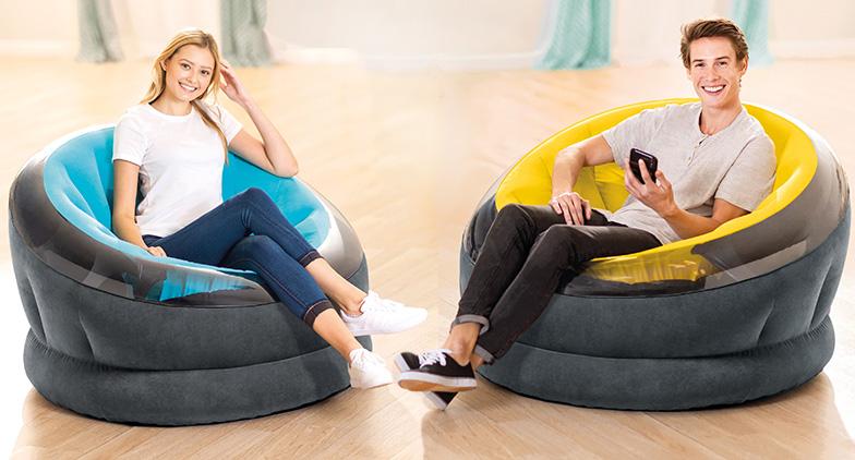 Des fauteuils pour recevoir ses amis