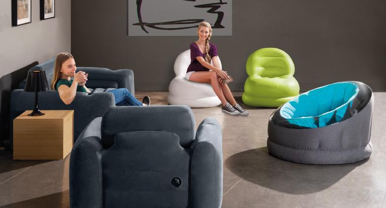 Aménagez vos petits espaces avec le mobilier gonflable INTEX