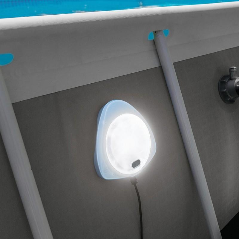 28698-Spot-piscine-led-Intex(5)