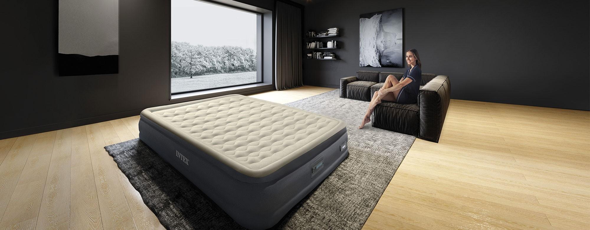 Lit et matelas gonflable Intex, adaptés au camping ou en lit d'appoint