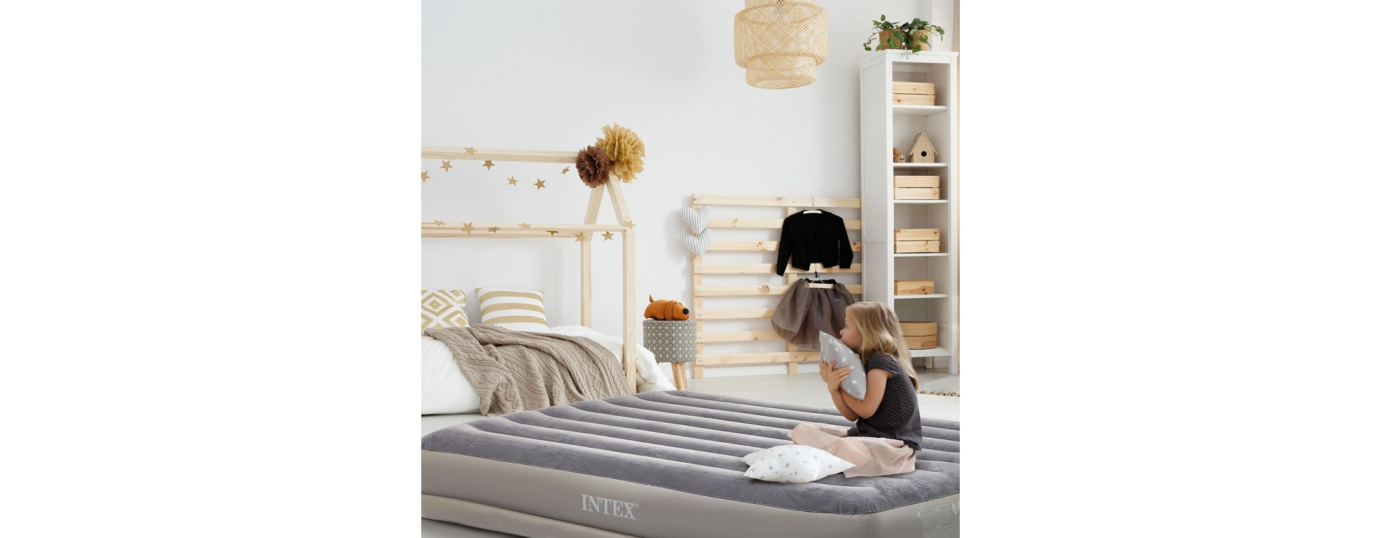 Matelas gonflables Intex : adaptées au grand air ou à la maison